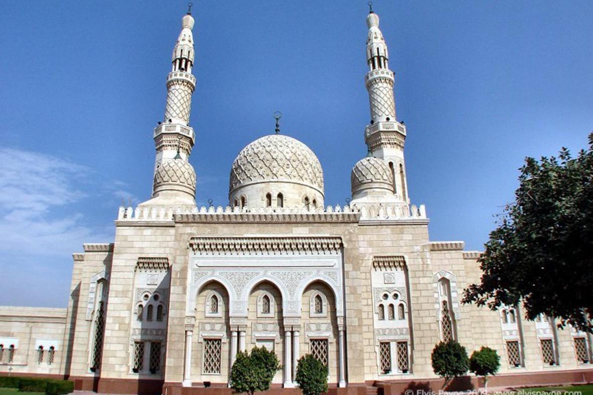 افتتاح مسجدی در جزیره سیشل آفریقا توسط امارات