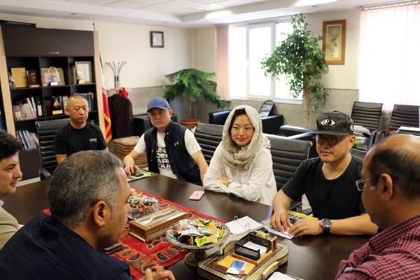 توسعه همکاری های مشترک کانون دنیا گردی و اتومبیل رانی ایران و مؤسسه گوئوجیان چین