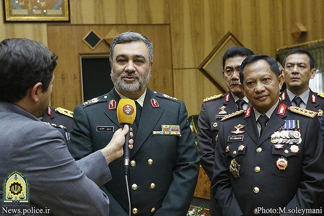 تاکید روسای پلیس ایران و اندونزی بر تعامل و انتقال تجربیات پلیسی