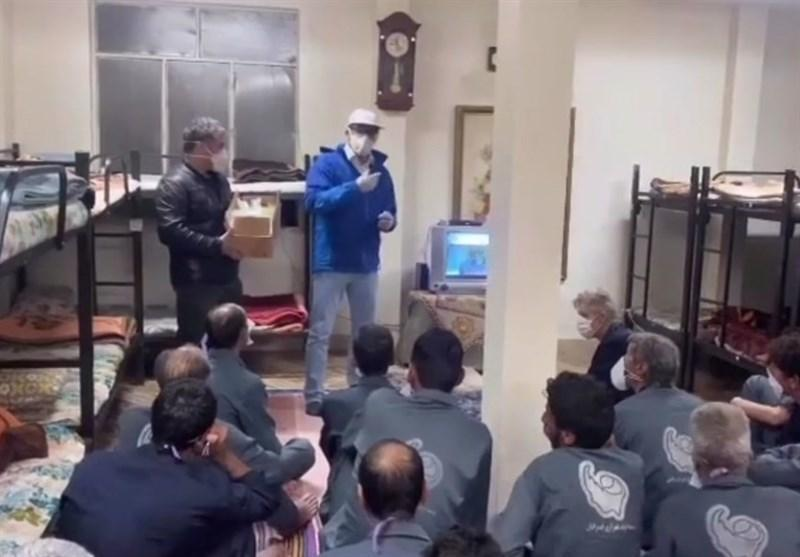 اقدام خیرخواهانه قهرمانان کشتی در 3 گرمخانه تهران