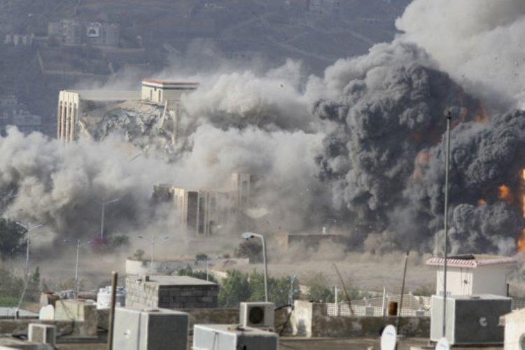 کاخ تاریخی تعز هدف حملات هوایی عربستان سعودی نهاده شد