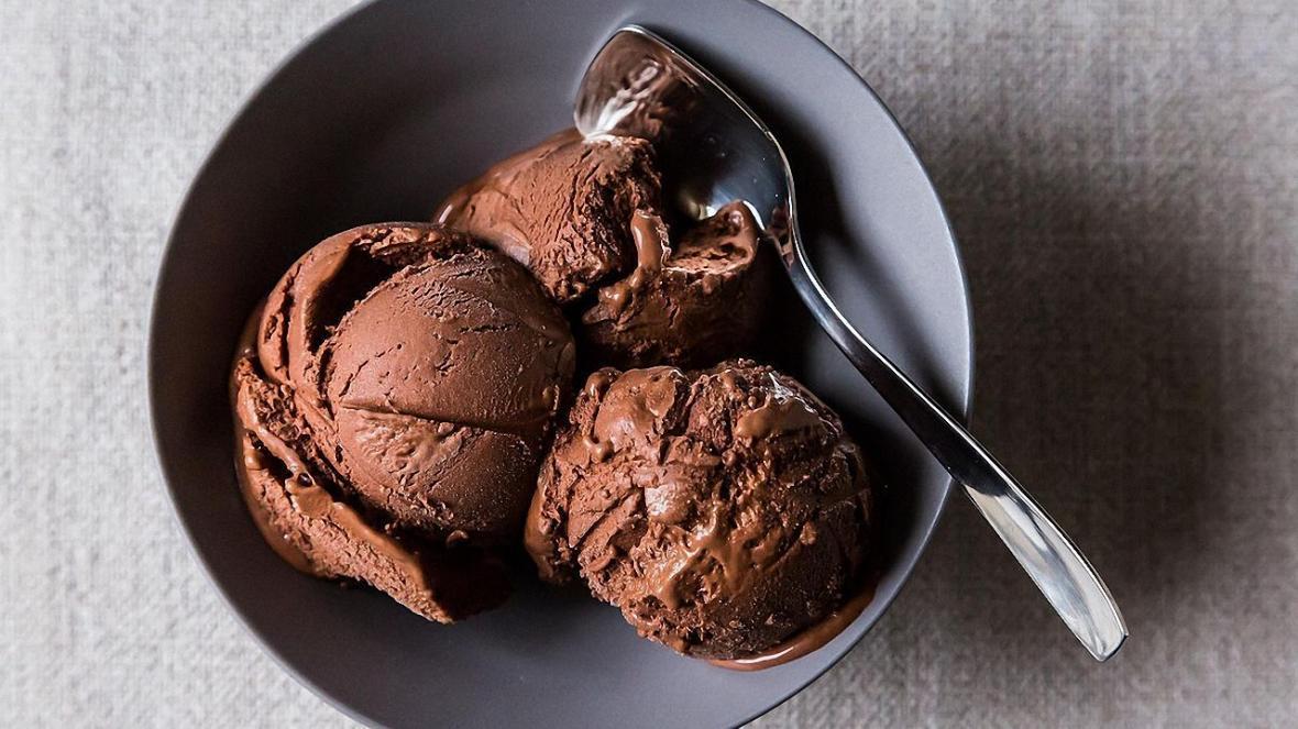 با این روش ساده در خانه بستنی درست کنید