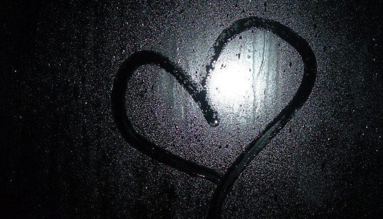 10 عکس پروفایل ولنتاین غمگین (ویژه عاشقان شکست خورده)