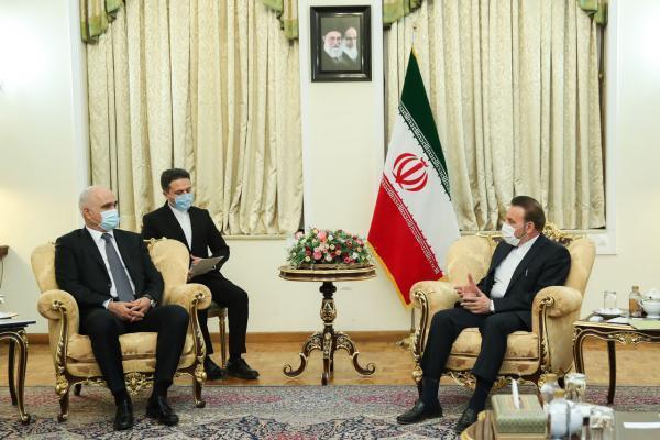 خبرنگاران ایران و جمهوری آذربایجان بر توسعه روابط تاکید کردند