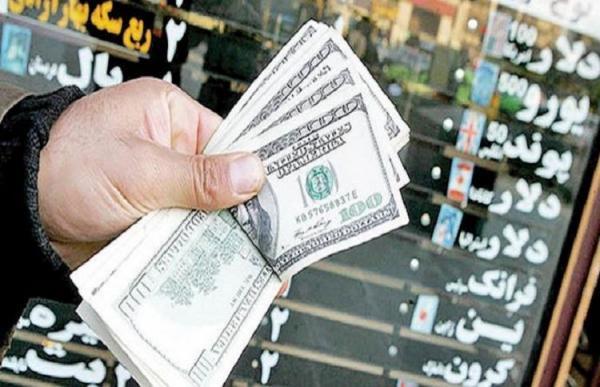 دنده عقب یورو و دلار، کاهش حجم تزریق به بازار