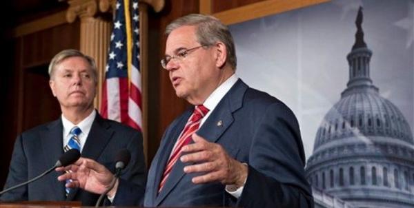 سنگ اندازی دموکرات ها در جهت بازگشت آمریکا به برجام