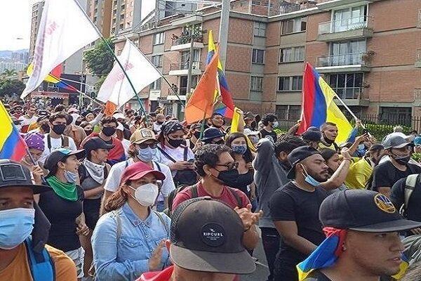 تداوم اعتراضات در کلمبیا، درگیری میان معترضان و پلیس